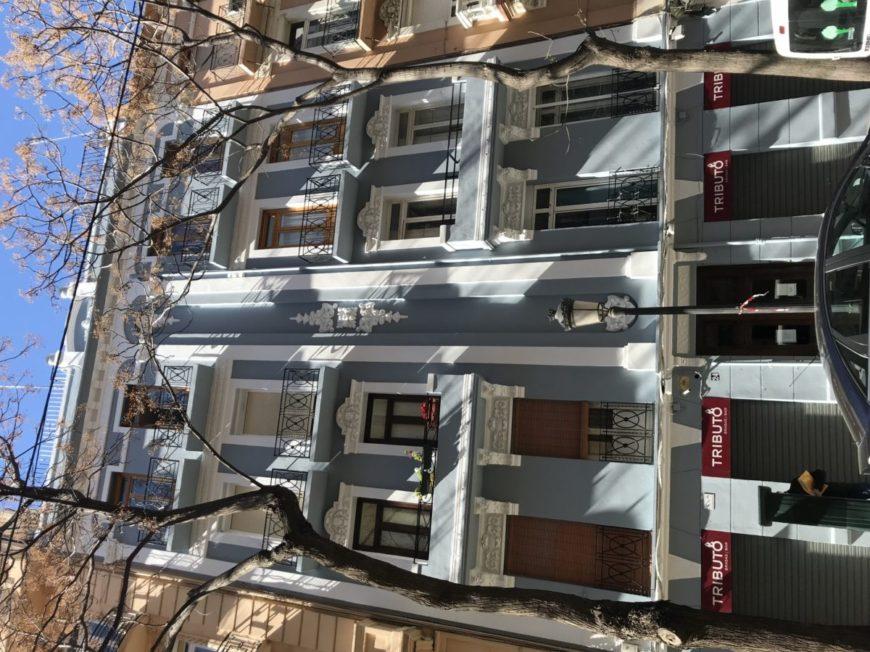 Restauración de fachada principal callle Ciscar, 24