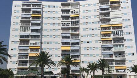 Rehabilitación de Fachadas en costa partamento de playa Puntal Tecnico El Perelló Valencia