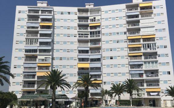 Rehabitlitacion Fachada apartamento de playa