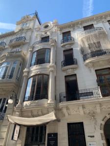 restauracion fachada siglo XIX edificio Grabador Esteve 12 puntal tecnico valencia