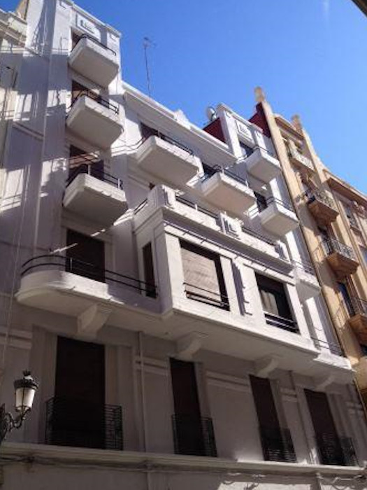 Rehabilitacion de fachada Edificio calle Maestro Jose Serrano 9, Valencia despues