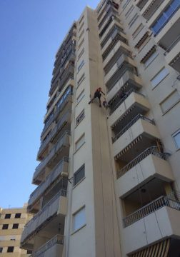 proyecto mantenimiento redes seguridad en balcones de fachada principal, en Complejo Medicalia el puig valencia 3