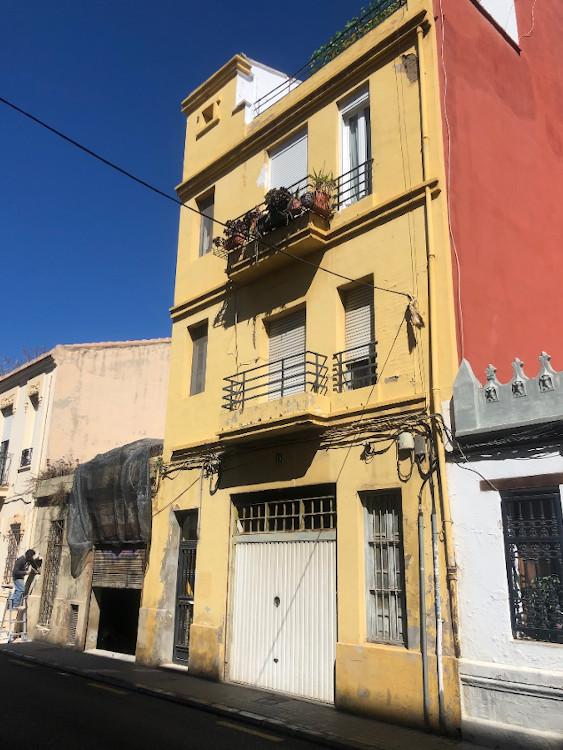 rehabilitacion fachada calle vicdente lleo 15 valencia antes