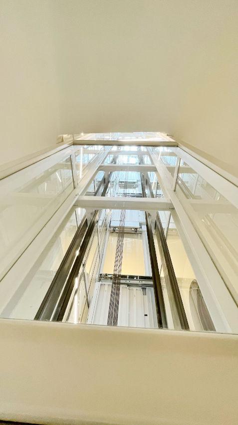 finalizada obra ascensor panoramico grabador esteve 12 valencia 1