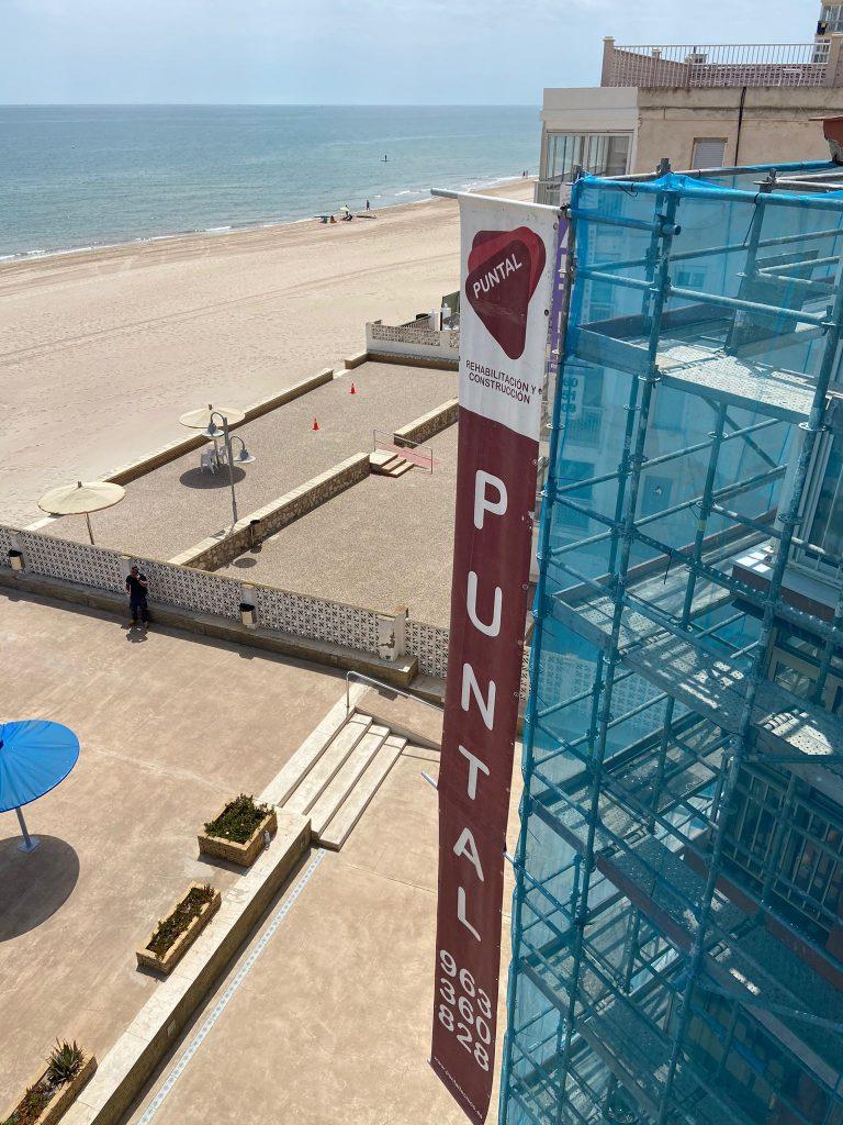 rehabilitacion apartamentos de playa edificio la pergola el perellonet valencia