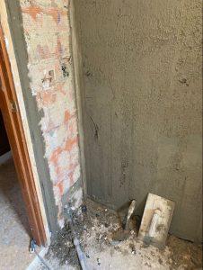 reforma integral cuarto de baño arreglo humedades puntal tecnico